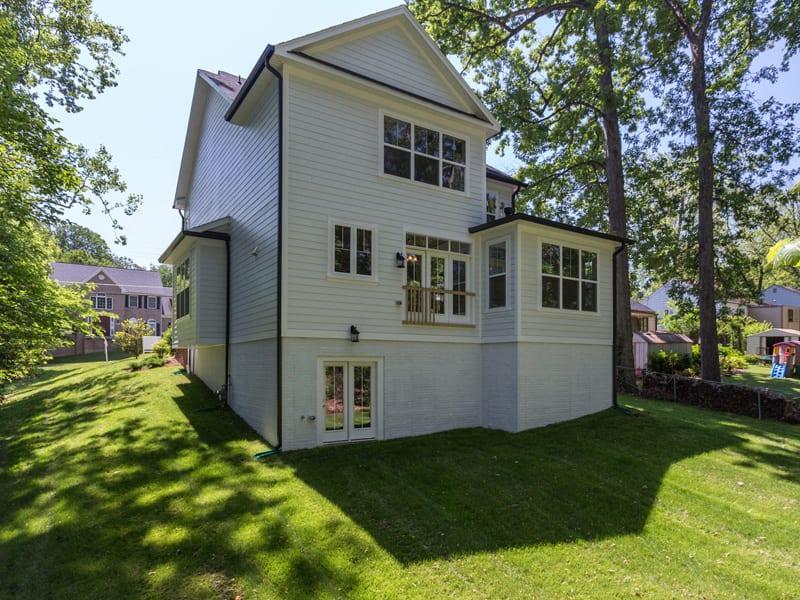 7718 Lisle Ave Falls Church VA-MLS_Size-004-Exterior  Back-2048x1536-72dpi