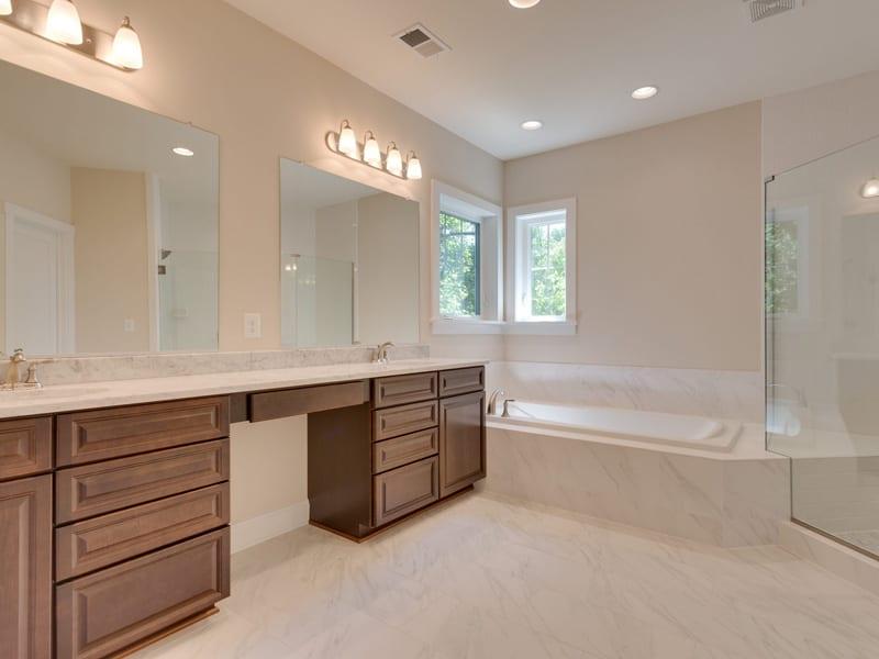 7718 Lisle Ave Falls Church VA-MLS_Size-043-Master Bath-2048x1536-72dpi