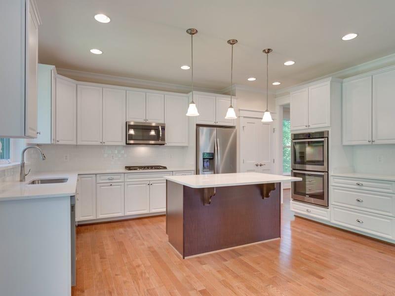7718 Lisle Ave Falls Church VA-MLS_Size-018-Kitchen-2048x1536-72dpi